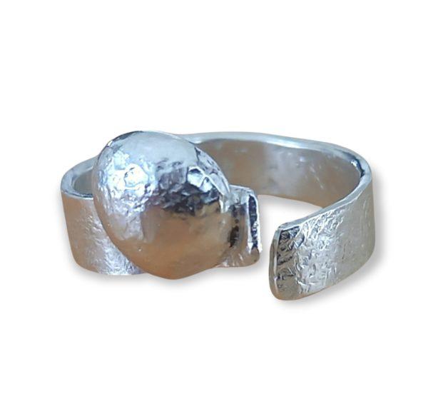 "Ring ""Planet"""